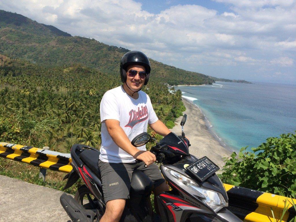 Lombok på scooter