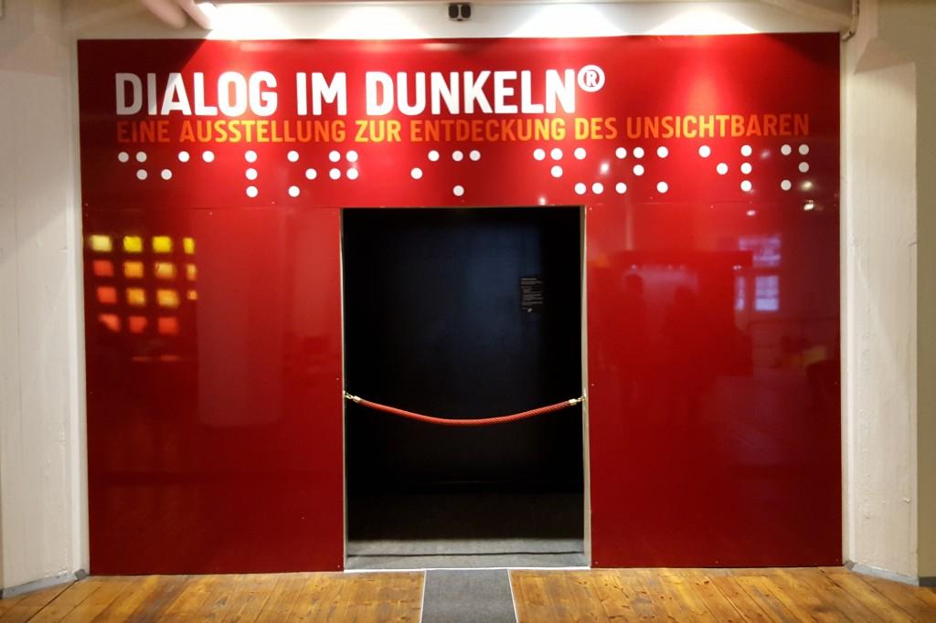 Diaglog Im Dunkel, Hamborg