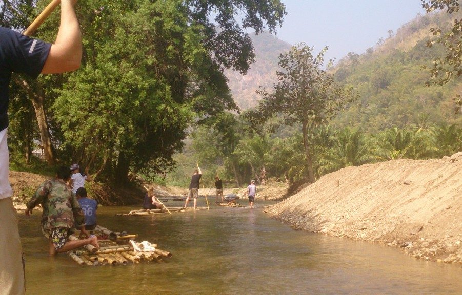 Bambus rafting Thailand