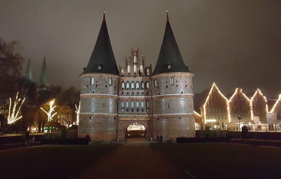 Lübeck by night