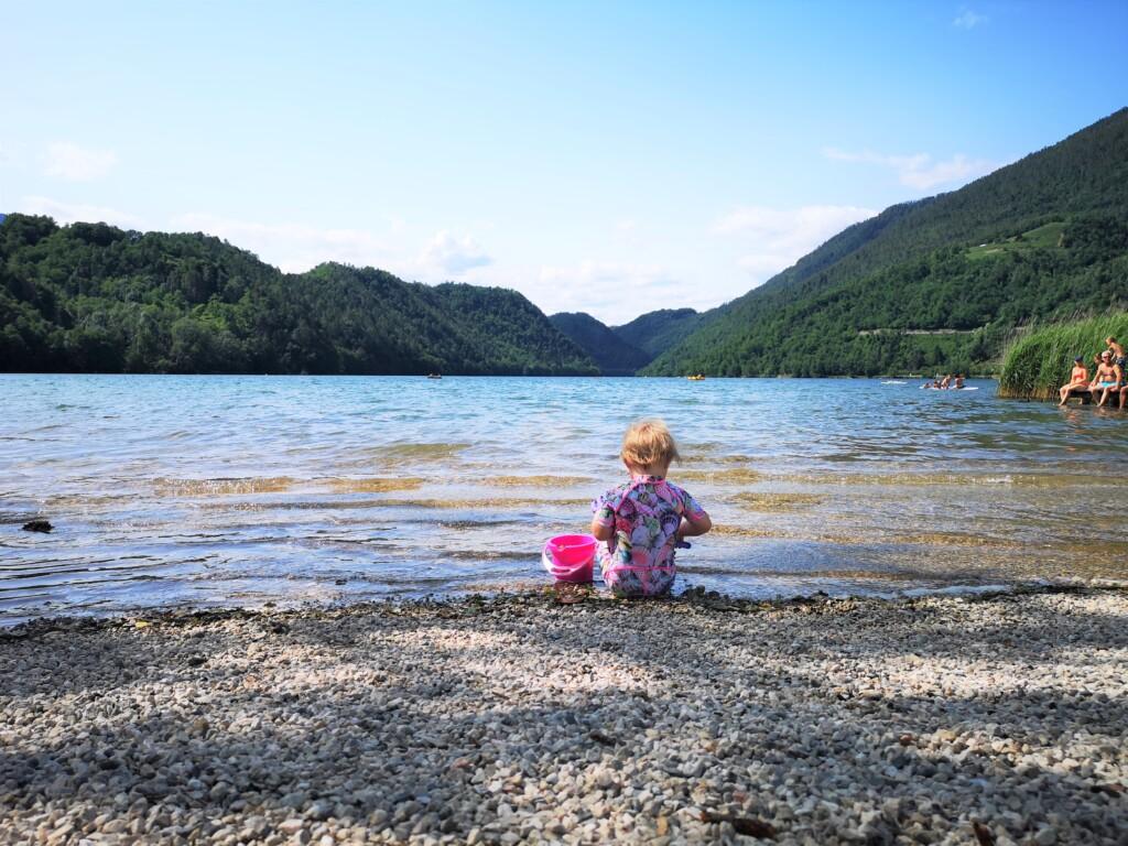 5 gode grunde til hvorfor du skal vælge en mindre campingplads med små børn